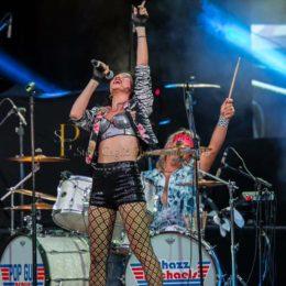 Andrea Bryan - Starlight - Hands UP